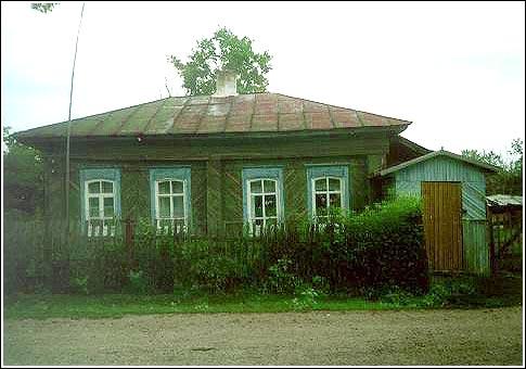 Дом Калининой А. И. Построен в нач. XX века, с. Калмыцкие Мысы.