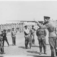 Обучение солдат-белогвардейцев в Иркутске